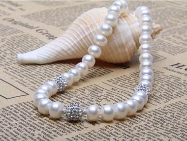 界    动物界 分类    天然,养殖,组合,仿制品珍珠 色彩    白,金,银